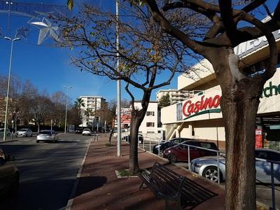 St Tropez - Expert. immeuble - Banque