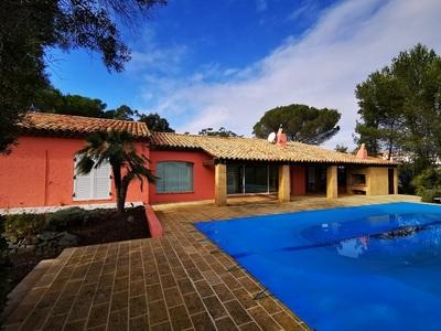 Grimaud (Var) - Expertise villa d'exception - demande banque