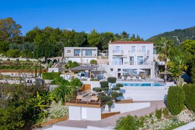 St Tropez - 'Pied dans l'eau' - Valorisation patrimoniale et fiscale